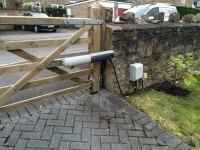 country style swinging five bar automated gate bristol