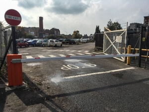 automated security vehicle barrier for car park